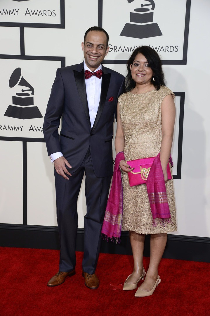 Arun Shenoy (L) and Roshni Mohapatra arrive for the 57th annual Grammy Awards held at the Staples Center in Los Angeles, California, USA, 08 February 2015. EPA/MICHAEL NELSON